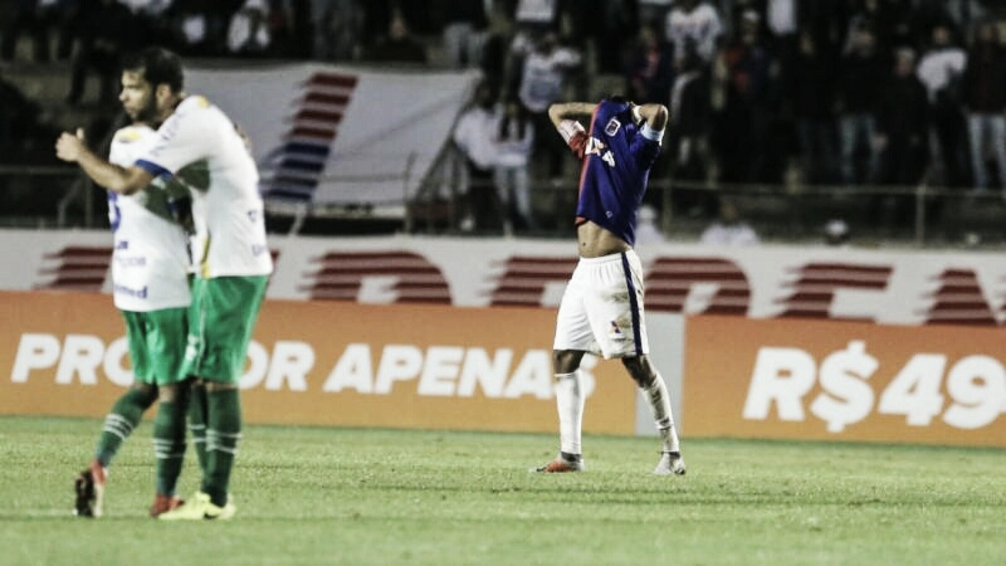 """Após nova derrota, Renê Santos acredita em recuperação do Paraná: """"Tem que ter esperança"""""""