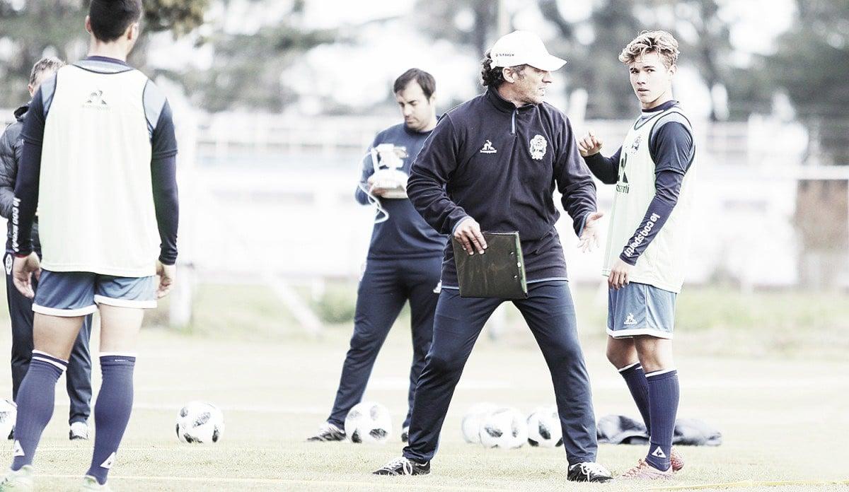 Troglio perfila el equipo para enfrentar a San Martín de Tucumán