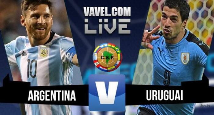 Argentina vence Uruguai nas Eliminatórias Sul-Americanas da Copa do Mundo (1-0)