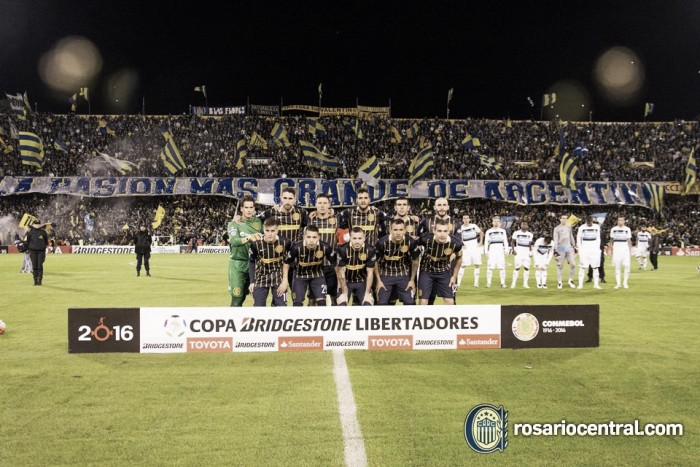 """Rosario Central 3 – 0 Gremio. Puntajes del """"Canaya"""""""