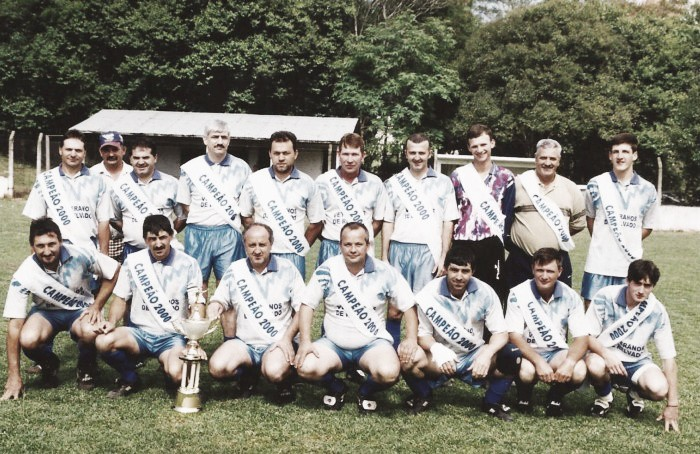 Relvado: como amadores tornaram o futebol real em cidade do Rio Grande do Sul