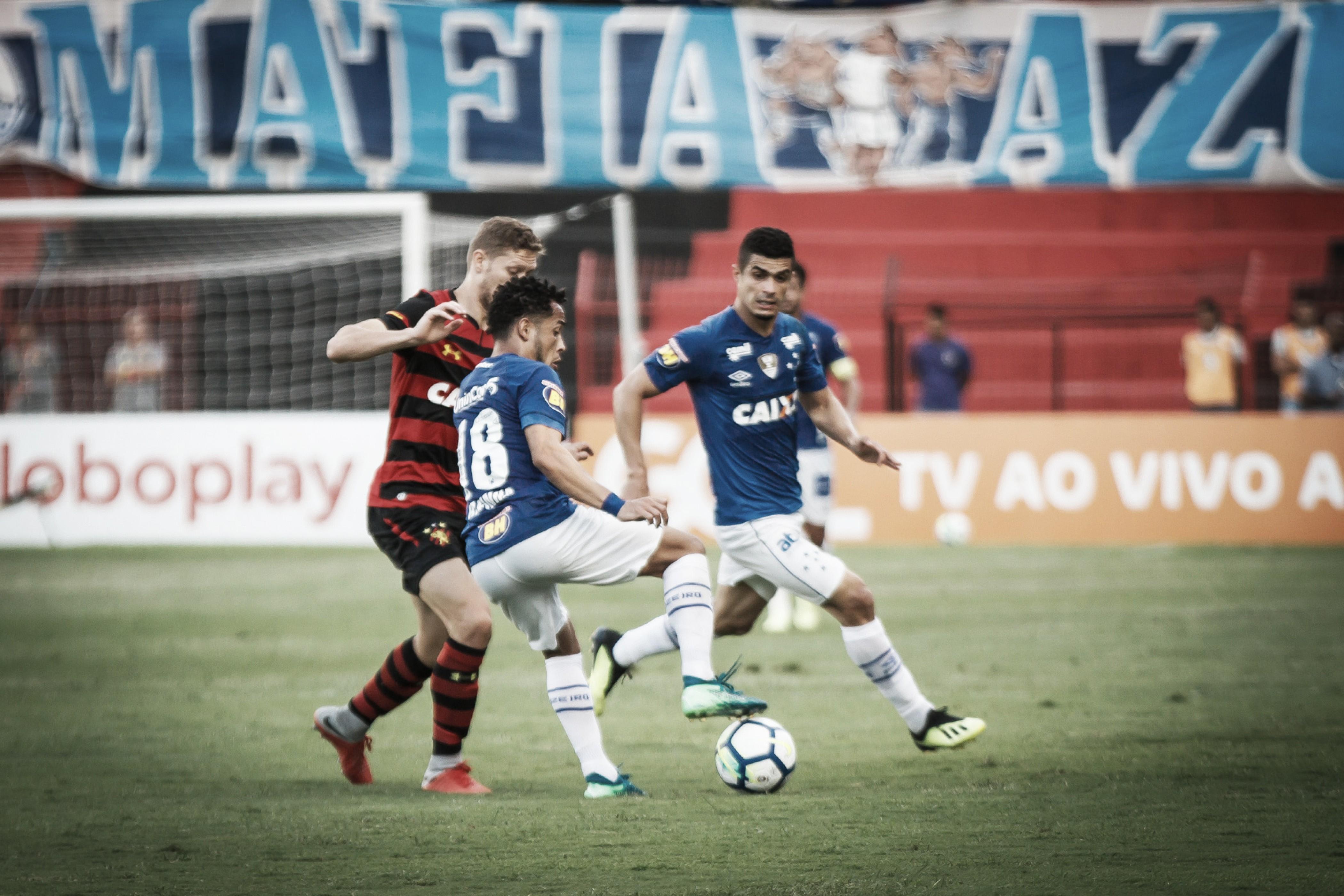 Com erro da arbitragem, Cruzeiro fica no empate com o Sport na Ilha do Retiro
