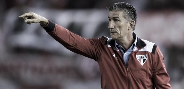 Com semana para trabalhar, Bauza elogia presença de jovens na vitória sobre Cruzeiro