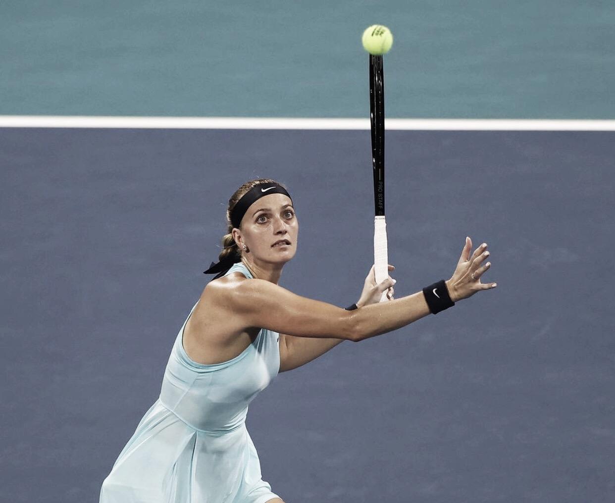 Kvitova atropela Konta e avança em Miami