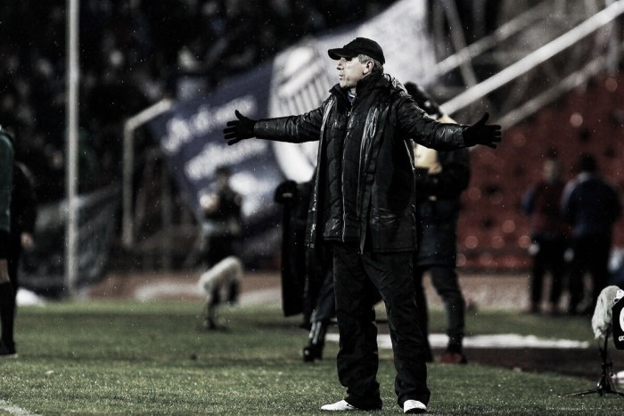 "Renato valoriza vantagem na Argentina, mas pondera: ""Temos mais 90 minutos ainda"""