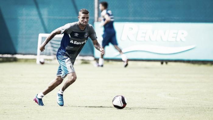 Com edema na coxa, Luan deve ser desfalque contra o Vasco e vira dúvida para enfrentar Botafogo