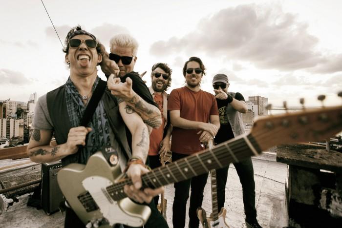 Acústicos & Valvulados em turnê dos 25 anos de estrada com o melhor do rock gaúcho
