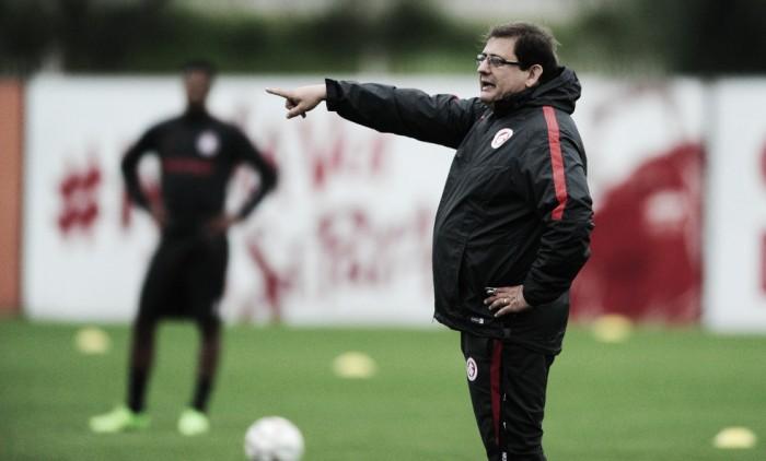 """Guto Ferreira enaltece vitória do Internacional sobre o Náutico: """"Passamos no teste"""""""