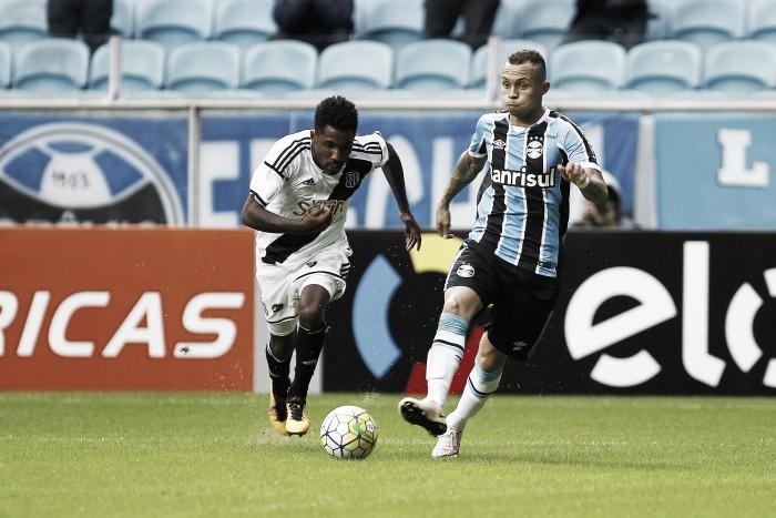 Opostos na tabela, desesperada Ponte Preta enfrenta Grêmio interessado em Libertadores