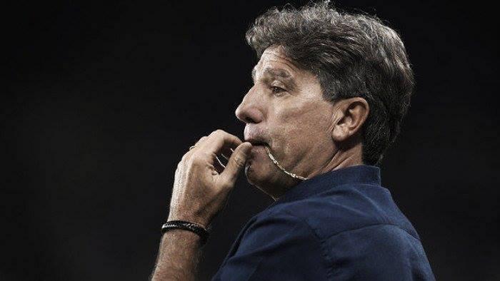 Renato exalta entrega dos jogadores, mas promete trabalhar nervosismo da equipe para final