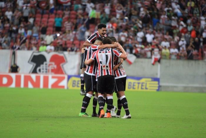 Santa Cruz passa pelo Brasil de Pelotas com tranquilidade e se aproxima do G-4 na Série B