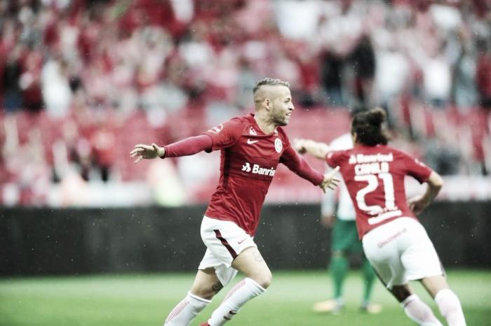 Internacional supera Guarani com gols de Nico López, mas termina Série B como vice