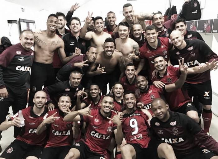 Brasil de Pelotas encerra ano com virada eletrizante sobre Criciúma e comemoração em estádio lotado