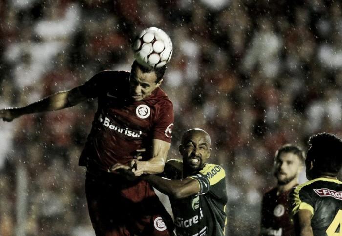 Damião marca duas vezes, mas Inter fica no empate com Luverdense no Passo das Emas