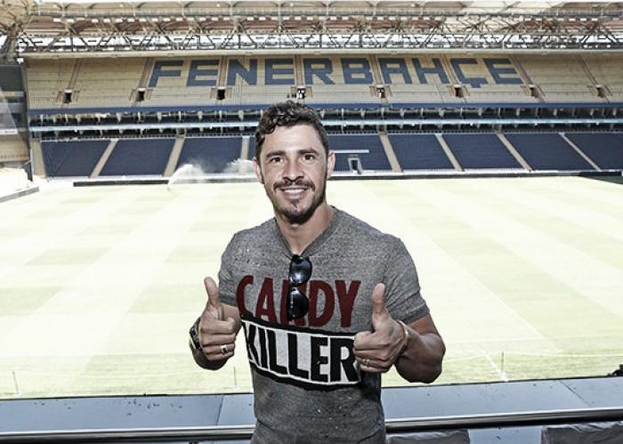 Mercado: Fenerbahçe e Zenit em negociações por Giuliano
