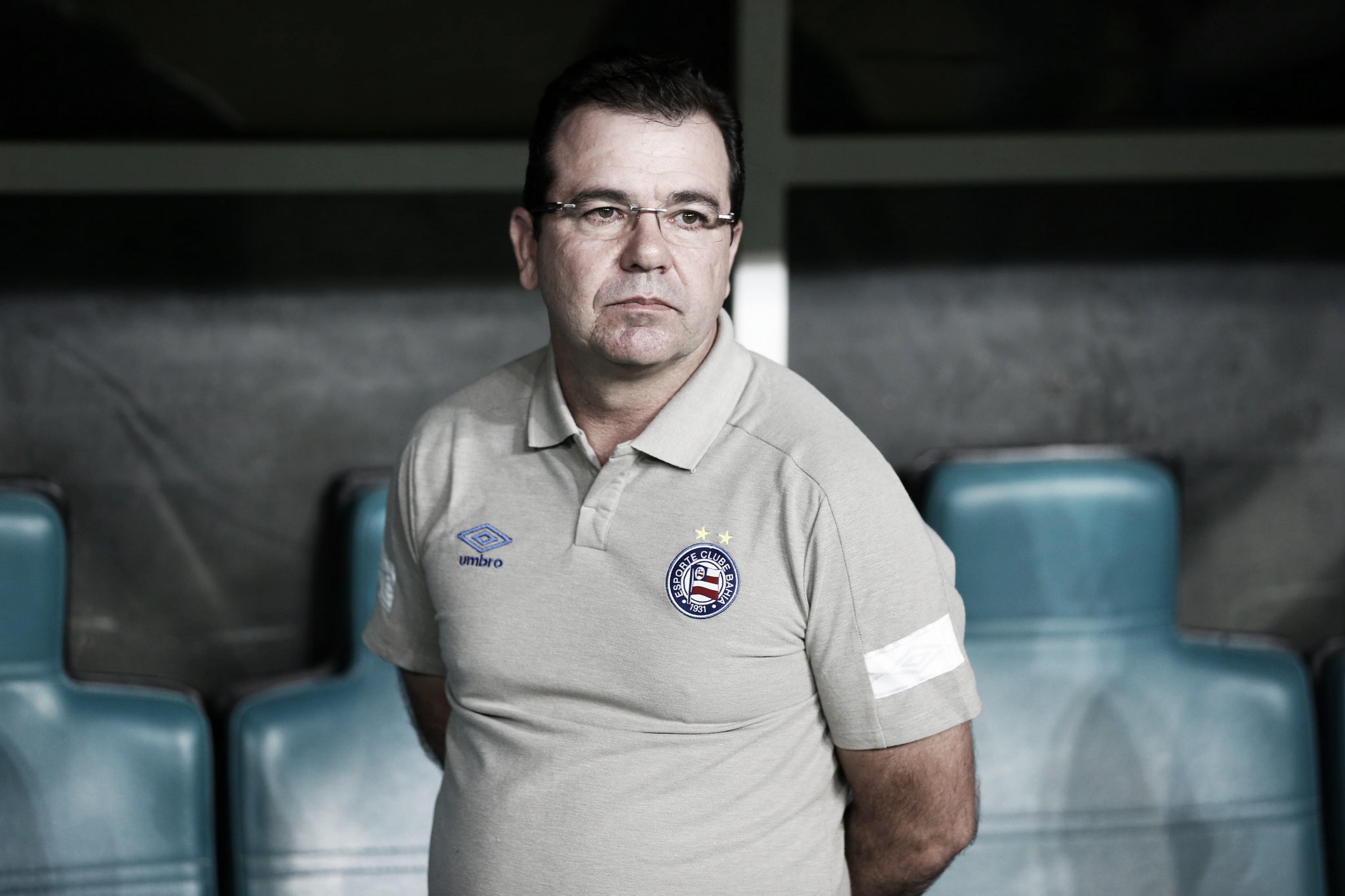 """Após derrota, Enderson Moreira lamenta falta de atenção do Bahia: """"Precisamos nos concentrar"""""""