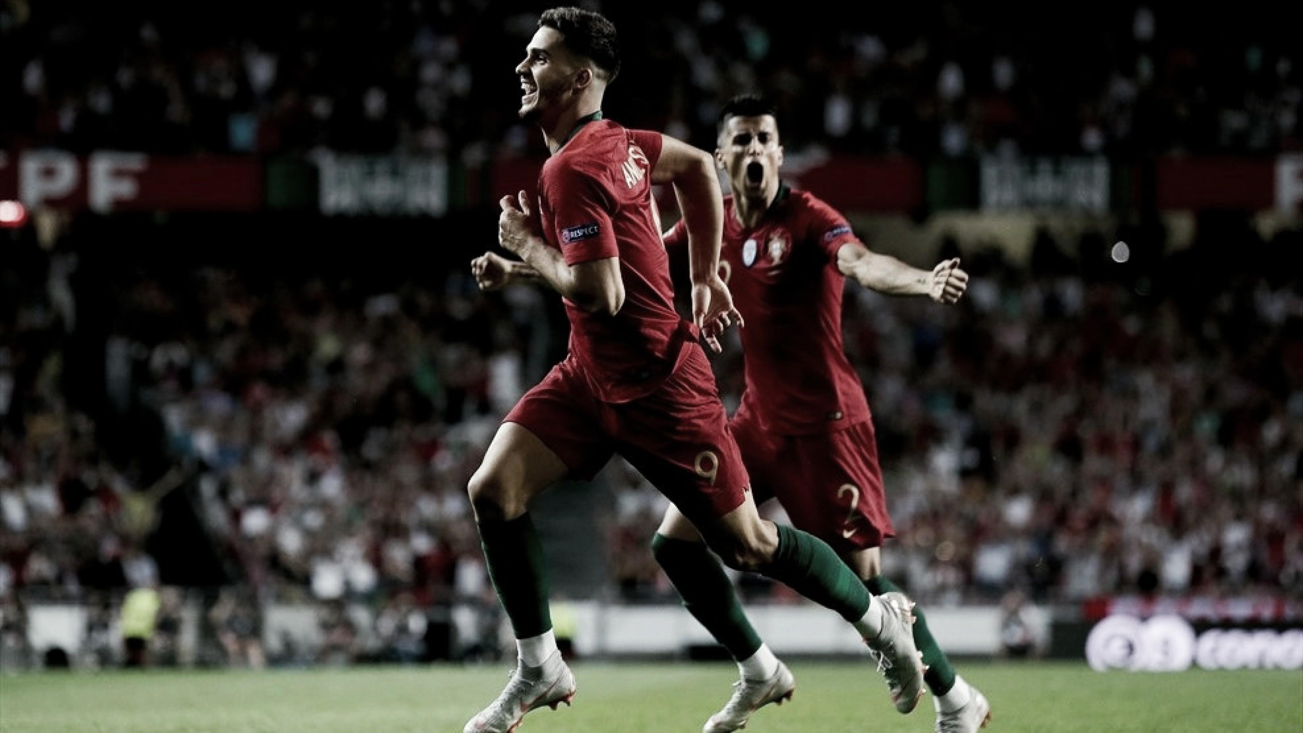 André Silva marca e Portugal vence a Itália com tranquilidade na estreia da Liga das Nações