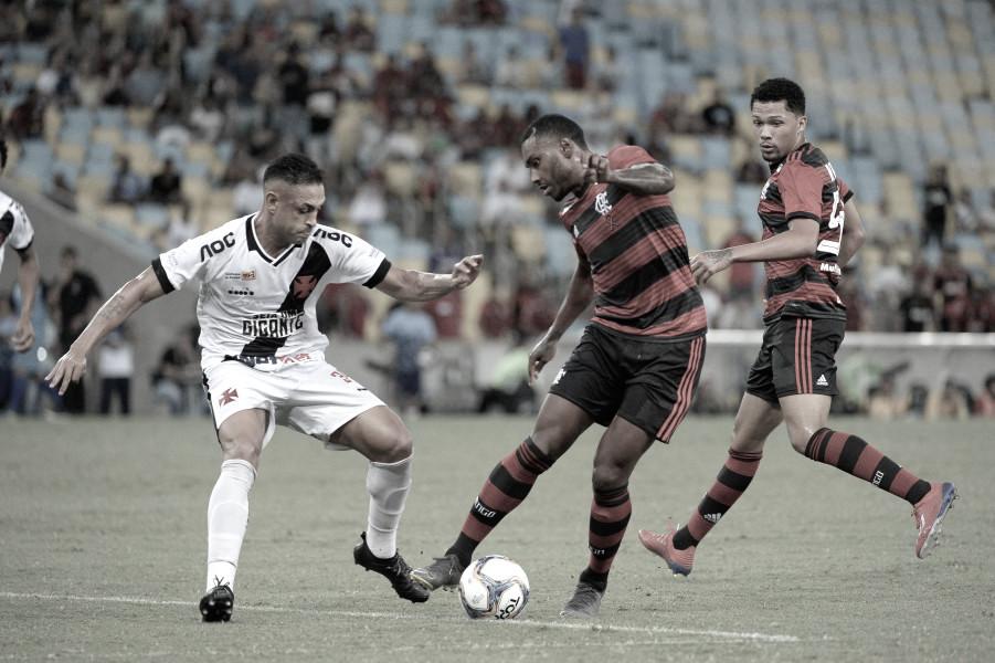 Em clássico polêmico e disputado até o fim, Vasco e Flamengo empatam no Maracanã