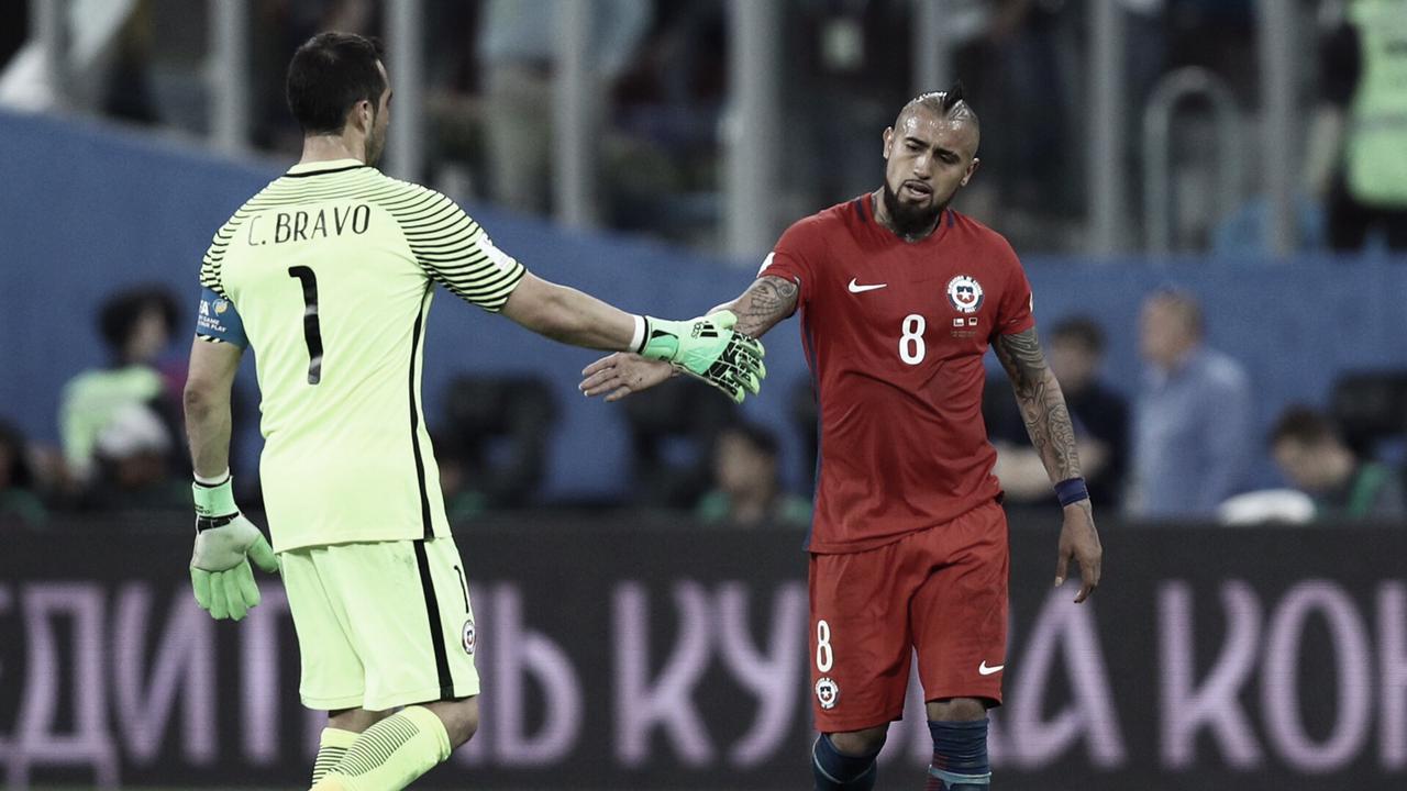 """Arturo Vidal: """"Mejoramos lo que se hizo contra Bolivia, ante una selección selección súper fuerte""""."""