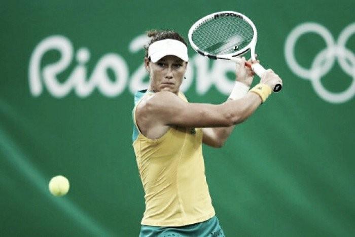 Samantha Stosur bate japonesa Doi e vai às oitavas na Rio 2016