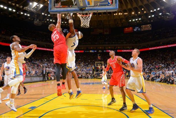 Golden State interrompe il lungo volo dei Rockets