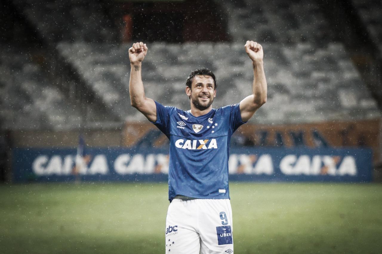 Fred confirma que fica no Cruzeiro e ressalta que ainda tem dois anos de contrato