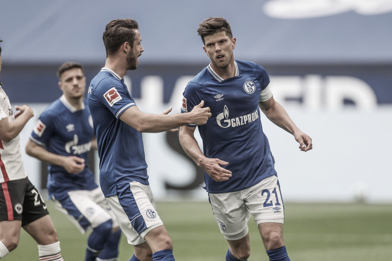 Rebaixado, Schalke vence e complica Frankfurt na briga por vaga na Champions League