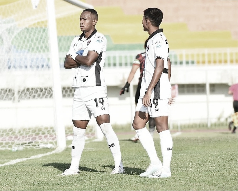 Natan Oliveira comenta gol marcado e classificação do Songkhla na Copa da Liga Tailandesa