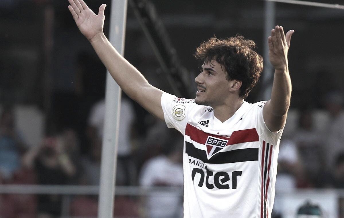 Com destaque de Igor Gomes, São Paulo derrota Atlético-MG e se solidifica no G-4