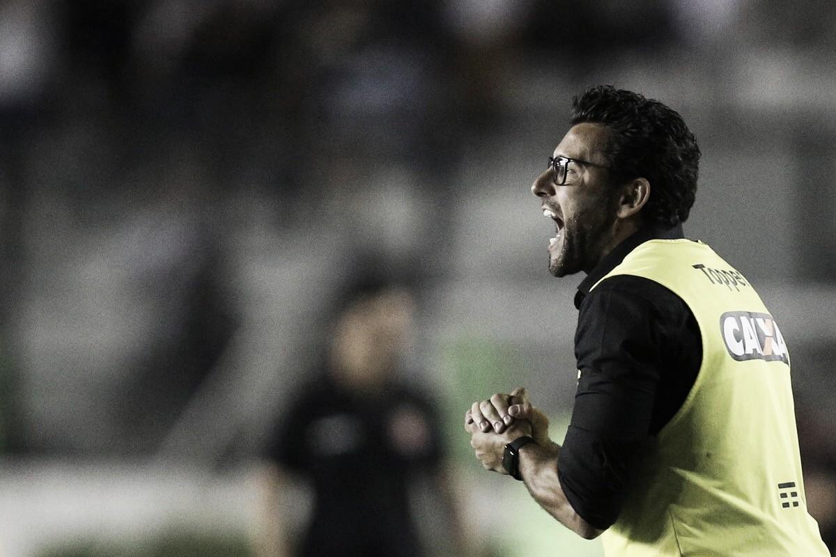 """Valentim celebra primeira vitória por dois gols de diferença no ano: """"Poderia ter sido goleada"""""""
