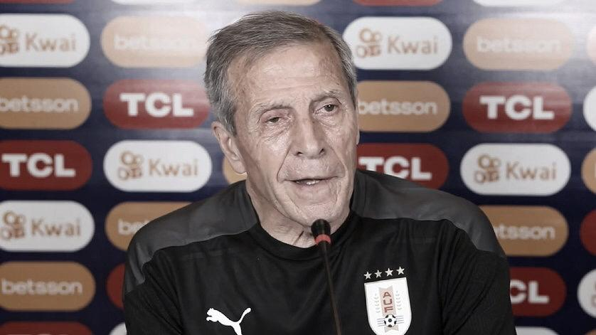 """Óscar Tabárez: """"El partido de mañana lo tomamos como una final"""""""