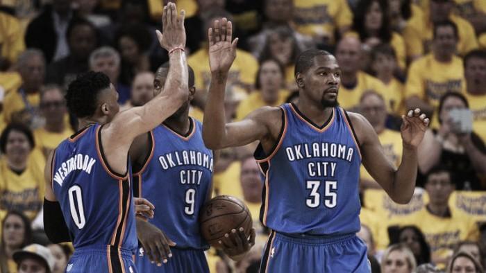 Thunder batem Warriors e adiatam-se na Final da Conferência Oeste