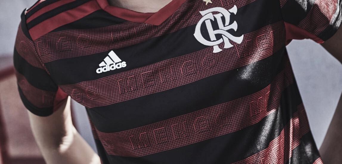 dd0856b34d Flamengo lança nova camisa com tecnologia antipirataria e planeja  estrela-lá contra Fluminense
