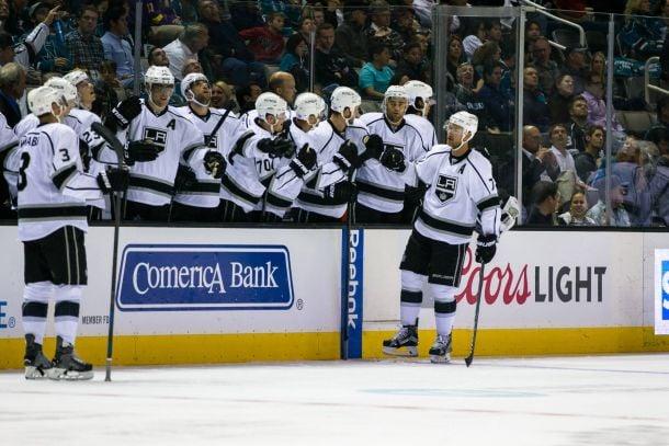 Jeff Carter Lifts Los Angeles Kings Over San Jose Sharks
