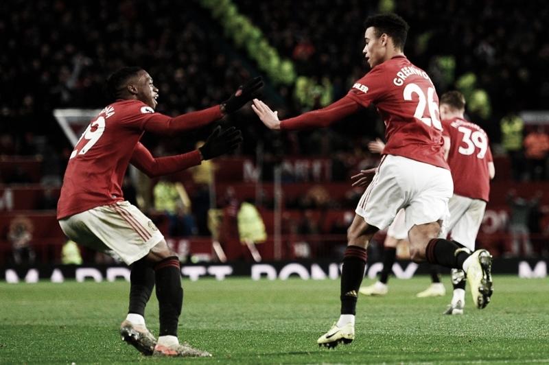 Manchester United empata com Everton em casa e perde chance de encostar no G-4