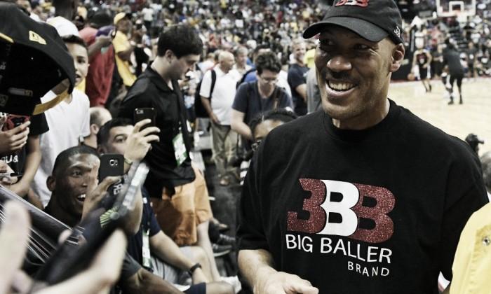 Los Lakers aplicarán la 'regla de LaVar Ball' para alejarse de polémicas