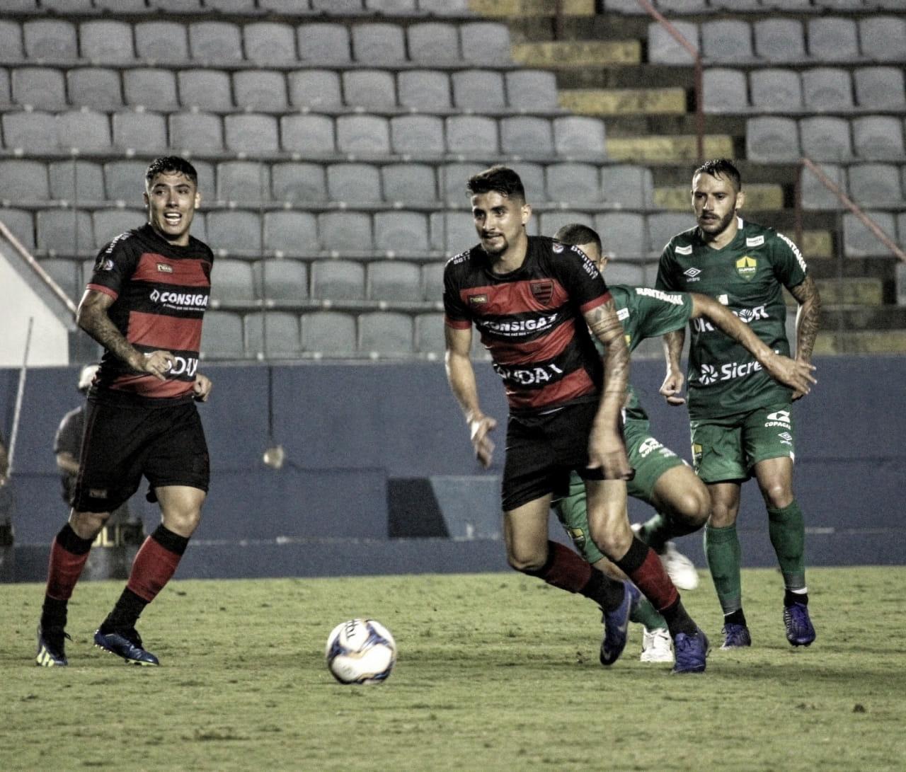 Oeste começa mal, mas arranca empate com Cuiabá na Série B