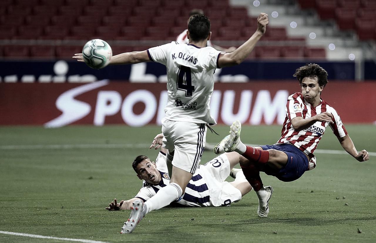 Atlético de Madrid sofre, mas vence Valladolid e assume terceiro lugar