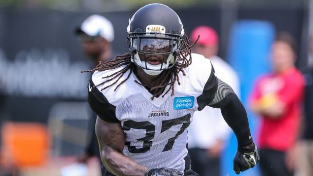 d42f0f6b Johnathan Cyprien Suffers Fractured Finger, Out for the Rest Of ...