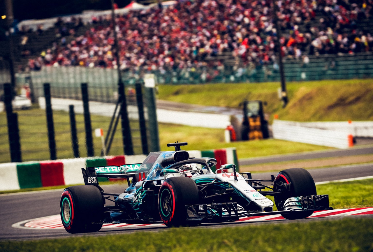 Vettel his own worst enemy as Hamilton moves a step closer to F1 title