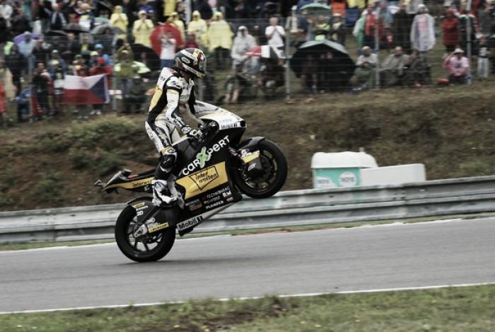 Moto2 Austria Luthi alla carica Morbidelli insegue