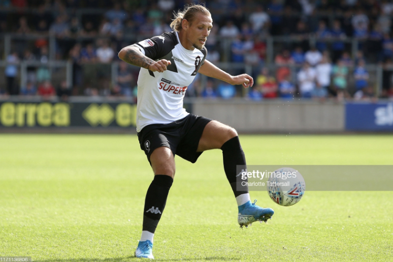 Oscar Threlkeld becomes Bradford City's third signing of the window