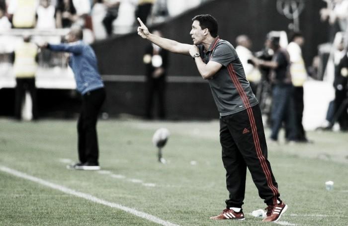 """Zé Ricardo menciona falhas na etapa final ante Corinthians: """"Perdemos o controle"""""""