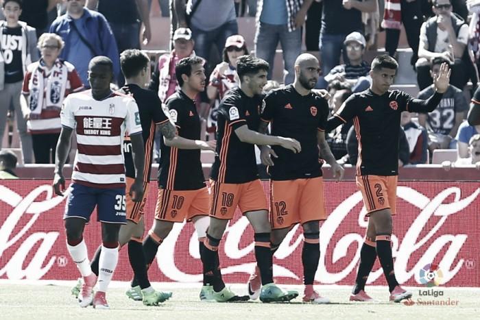 Com dois de Zaza, Valencia vence e complica a situação do Granada