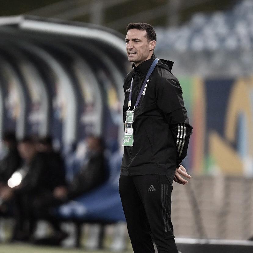"""Lionel Scaloni: """"Gane o no gane, Messi seguirá siendo el mejor futbolista de la historia""""."""