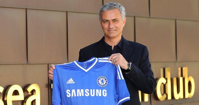 Chelsea anuncia o retorno de José Mourinho