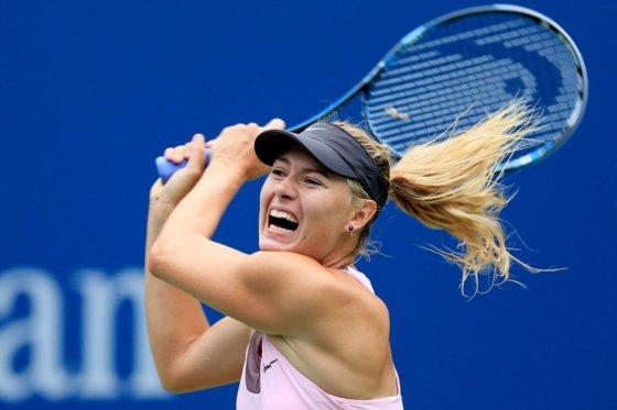 US Open: Sharapova remonta a una gran Bartoli