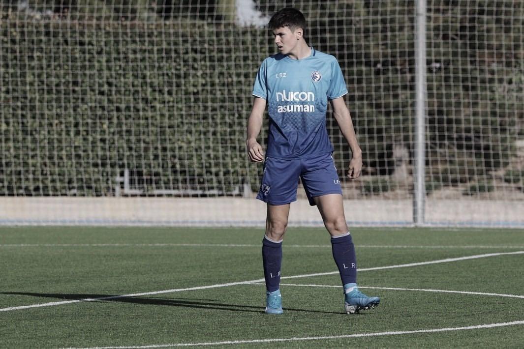 Hugo Rodríguez completa la delantera del Juvenil B