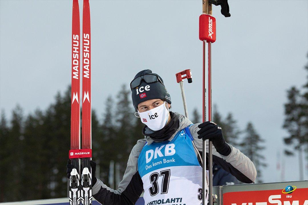Le premier vainqueur de cette nouvelle saison de biathlon. (Crédits: @IBU_WC)