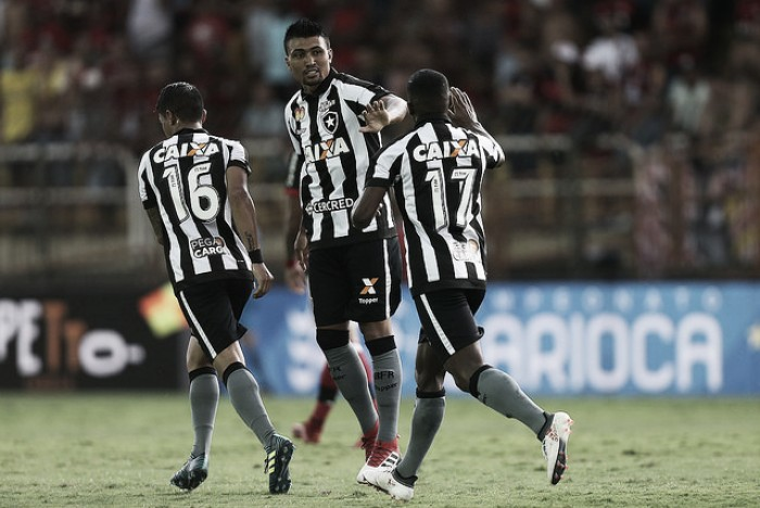 Análise: reservas melhoram desempenho do Botafogo, mas não impedem eliminação